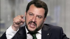 Matteo Salvini si unisce ai complottisti e approva il plasma iperimmune: