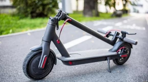 Bonus di 500 euro per l'acquisto di bici e monopattini elettrici. Ecco come funzionerebbe