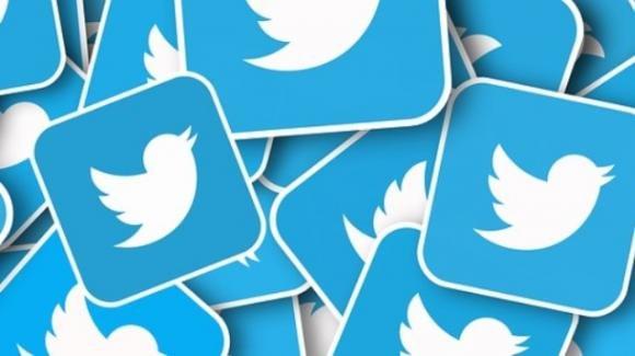 Twitter: contatore per retweet commentati, etichetta per disinformazione sul COVID-19