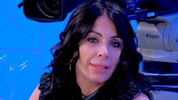 U&D, Valentina Autiero lascia il numero a Sirius e scatena l'ira di Gemma