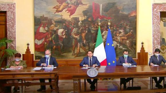 Decreto rilancio: ecco le misure annunciate dal premier Giuseppe Conte