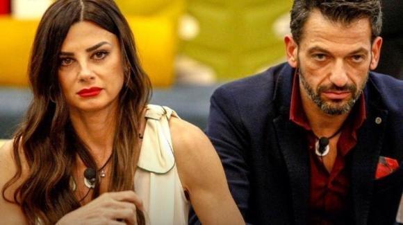 Pago e Serena si sono lasciati: l'annuncio della Enardu