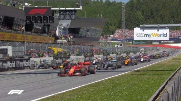 Formula 1: si studia la partenza del Mondiale. Ecco il nuovo calendario