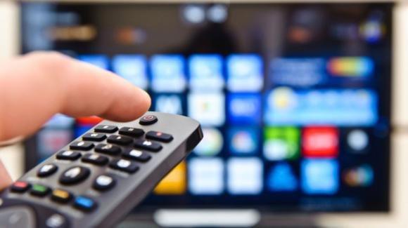 """Mediaset: le date delle ultime puntate di """"Live – Non è la D'Urso"""", """"Pomeriggio Cinque"""" e """"Quarta Repubblica"""""""