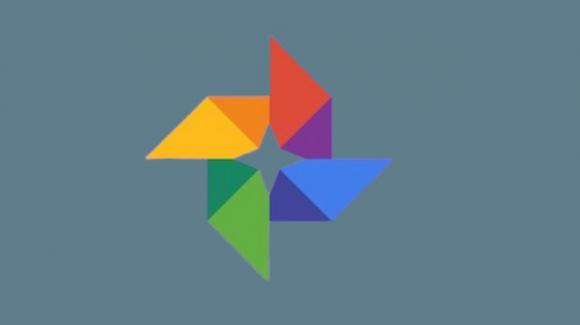 Google Foto: in roll-out la condivisione degli album con controlli vari e chat