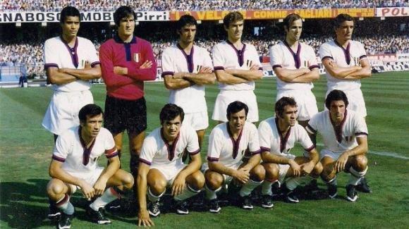 Un francobollo per il Cagliari Calcio a 100 anni dalla nascita