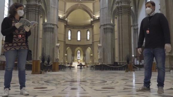Duomo di Firenze: un dispositivo vibra e suona se violi la distanza di sicurezza