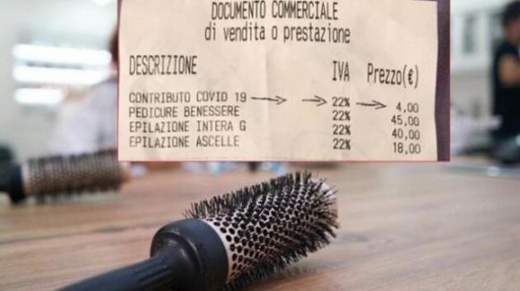 Coronavirus: sugli scontrini arriva la tassa Covid-19 e i prezzi aumentano di 4 euro