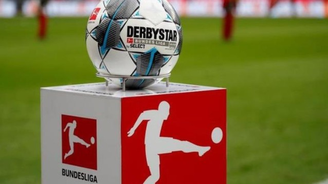 Bundesliga, Bayern Monaco-Eintracht Francoforte 5-2: tutto facile per Flick