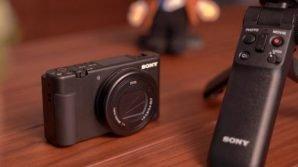 Sony ZV-1: ufficiale la fotocamera compatta pensata per i videobloggers