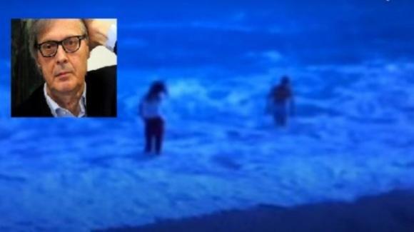 Paura per Vittorio Sgarbi: rischia di annegare in Albania. La figlia riesce a salvarlo