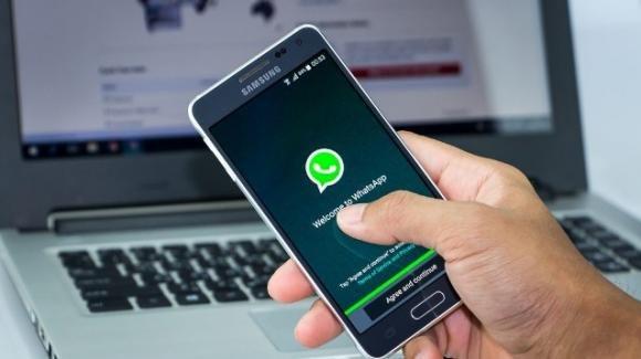 Bug WhatsApp: finiti in Rete 300 mila numeri di telefono