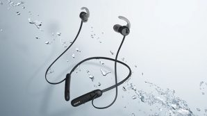 WI-SP510: da Sony la neckband iper autonoma per sportivi e telefonate