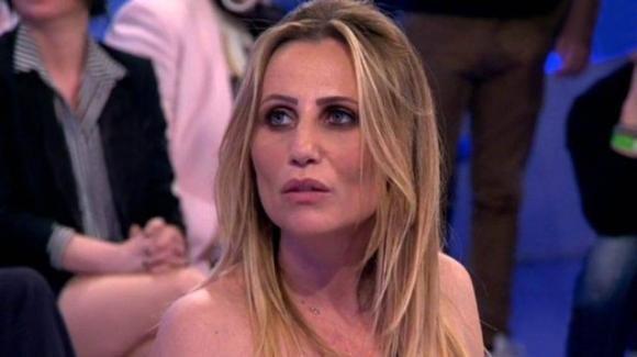 """U&D, Ursula Bennardo critica la madre di Nicola Vivarelli: """"Io mi sarei nascosta"""""""