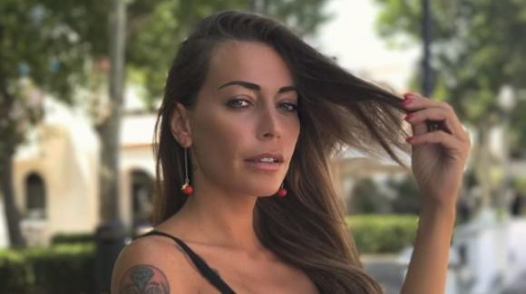 Karina Cascella spiega il motivo della sua assenza in tv