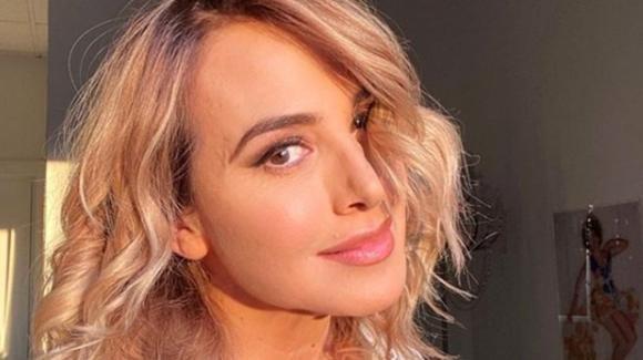 Barbara D'Urso senza trucco su Instagram: critiche e replica