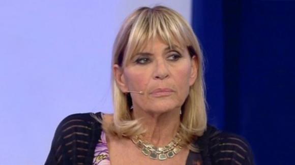 Gemma Galgani alle prese con gli haters, la dama risponde a tono