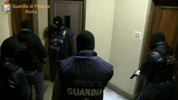 San Basilio (Roma) come Scampia: i pusher distribuivano cocaina anche a personaggi dello spettacolo