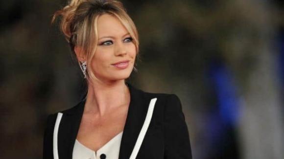 """""""C'è tempo"""", il ritorno in televisione di Anna Falchi"""