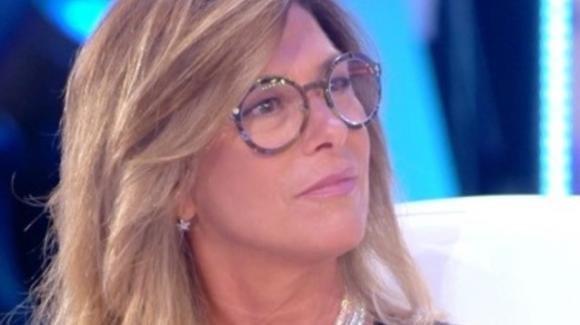 Live – Non è la D'Urso, Roberta Beta rivela come ha scoperto il tradimento del compagno