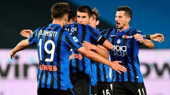Serie A: l'Atalanta ferma la Lazio, l'Inter frena con il Sassuolo, la Roma ribalta la Samp