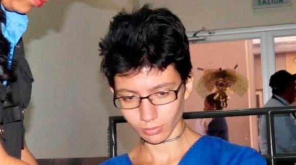 Torino: donna russa accoltella commerciante accusandolo di molestia. Non era vero. Arrestata per tentato omicidio