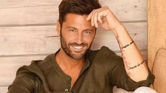"""""""Temptation Island"""", Filippo Bisciglia parla di Antonella Elia e dichiara: """"La vedrete in una veste inedita"""""""