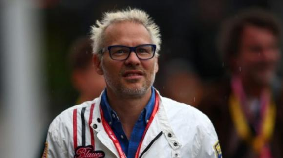 """Jacques Villeneuve sull'arrivo di Sainz in Ferrari: """"Vogliono fare un altro Schumi-Barrichello"""""""