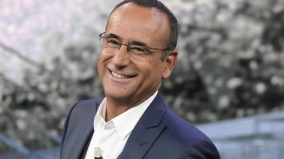 """Carlo Conti bis: a settembre tornerà con """"Tale e Quale show"""" e """"Top Dieci"""""""