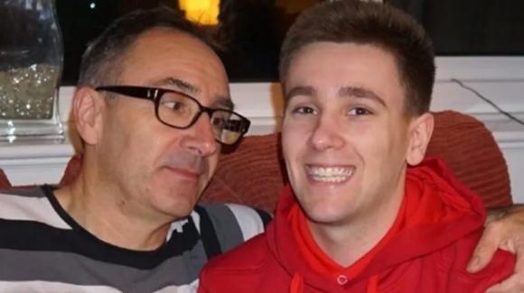 UK: 24enne giocatore di videogame muore in casa a causa di un coagulo di sangue letale