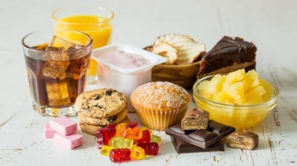 Il consumo di zuccheri aumenta i depositi di grasso anche intorno al cuore