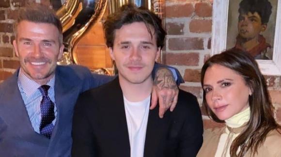 David e Victoria Beckham, mega villa in regalo per le nozze del figlio