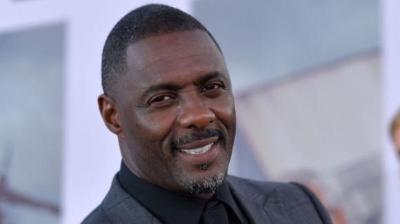 """Idris Elba sulla sua lotta contro il Coronavirus: """"L'impatto mentale è stato traumatico"""""""