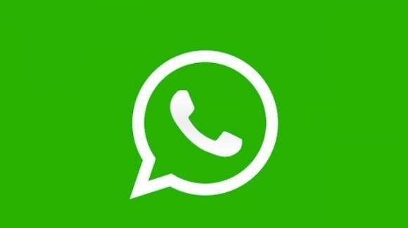WhatsApp banna chi usa versioni moddate e lavora su sticker ad animazione continua