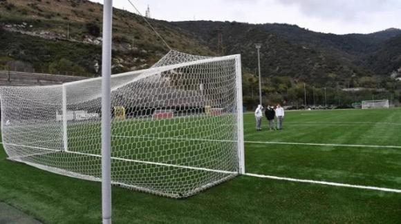 Spagna: organizza una partita di calcio infetti contro non infetti. Denunciato