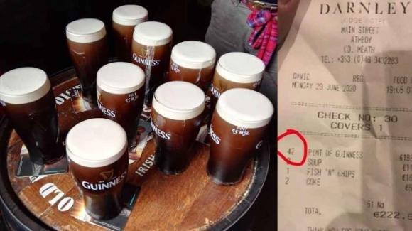 Irlanda: riaprono i pub, uomo beve 42 birre in 1 ora e mezza