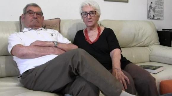 """A 80 anni ritorna a vivere grazie alla cannabis: """"Mio marito Luciano non parlava più"""""""