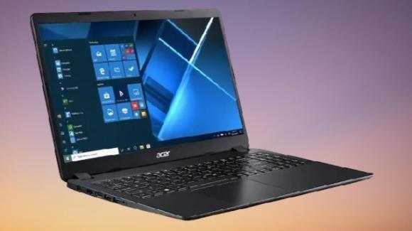 Acer presenta il portatile low cost Extensa 15, con Windows 10 Home