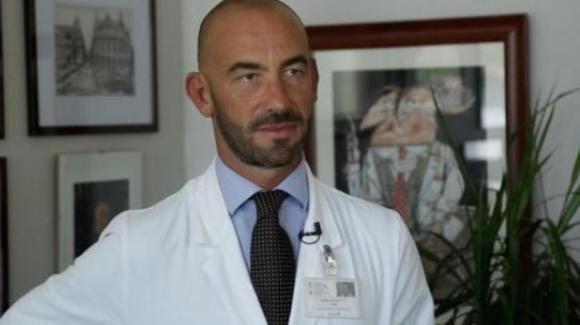 """Coronavirus, il professor Bassetti dichiara: """"Troppo allarmismo, chi parla tanto venga a visitare i nostri ospedali"""""""