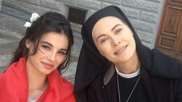 """Che Dio ci aiuti, Francesca Chillemi sul rapporto speciale con Elena Sofia Ricci: """"Noi la chiamiamo zia"""""""