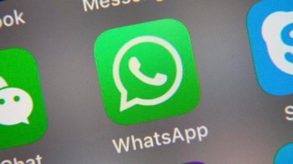 WhatsApp: in arrivo i messaggi con scadenza