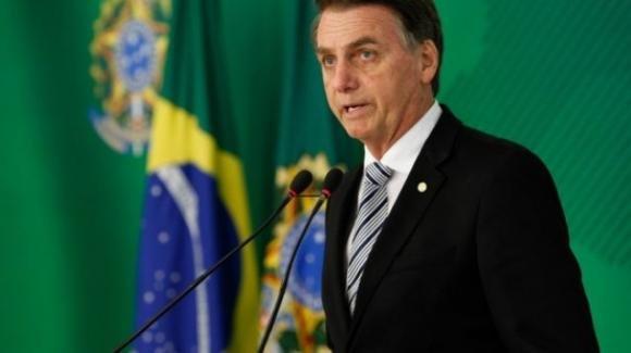 Coronavirus, Bolsonaro in cura con antibiotici a causa di un'infezione
