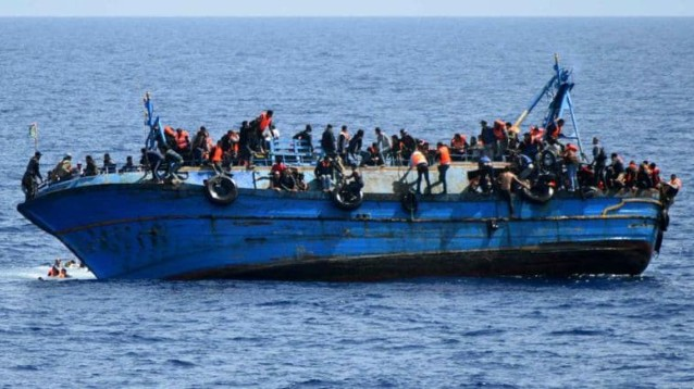 Continuano gli sbarchi a Lampedusa. Arrivano 80 migranti su 4 barconi