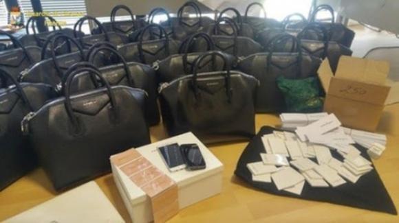 Firenze: 47 indagati per la falsificazione