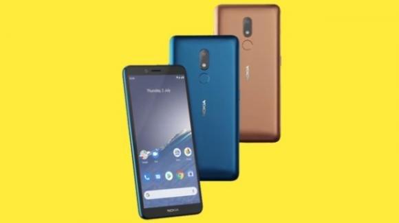 Nokia C3: ufficiale il low cost 4G con batteria removibile