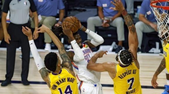 NBA 2020: i Thunder sconquassano i Lakers, i Raptors straziano i Magic