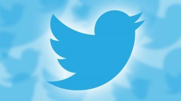 Twitter: etichetta per media e funzionari di Stato, test iOS su condivisione tweet