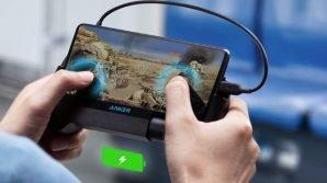 Anker Powercore Play 6.700: in vendita il powerbank che fa da controller