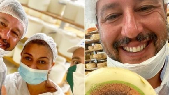 Pisa: Matteo Salvini in un caseificio con la mascherina abbassata. La rabbia dei Cobas