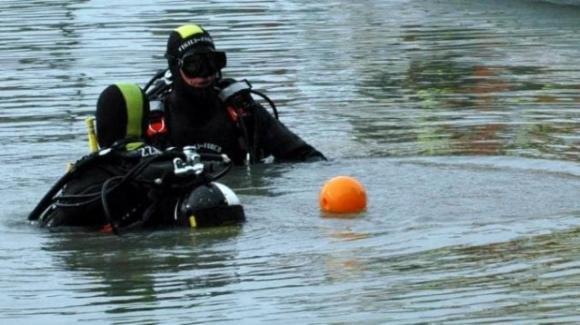 Genova: scompare dopo un bagno in notturna, decine di soccorritori sulle sue tracce, mentre l'uomo era al bar